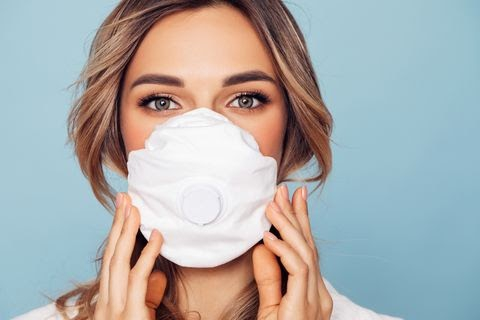 girl-in-respiratory-mask